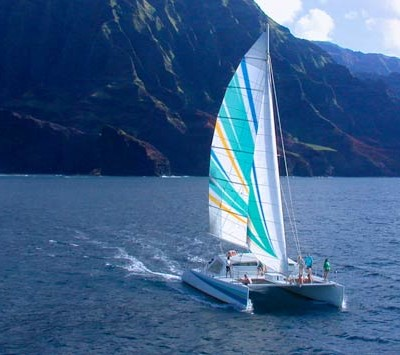 holoholo_sailing-the-napali